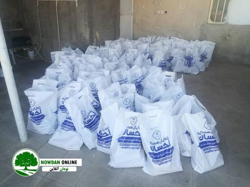 با پیگیری های مهندس نوذری وزیر اسبق نفت؛توزیع بسته های حمایتی پروتینی در شهرستان کازرون و شهرستان کوه چنار