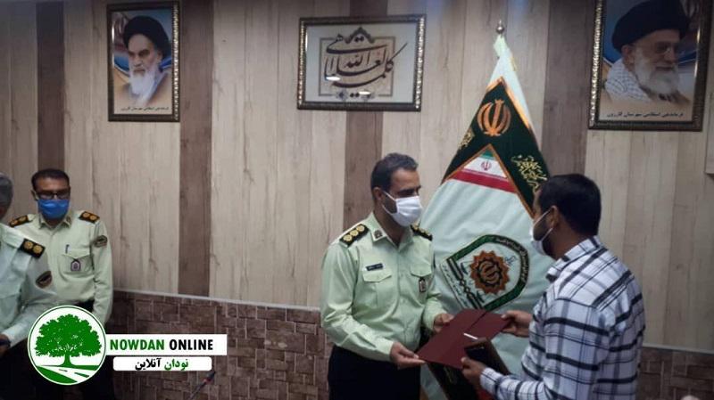 فرمانده نیروی انتظامی شهرستان کازرون از خبرنگاران این شهرستان تجلیل کرد