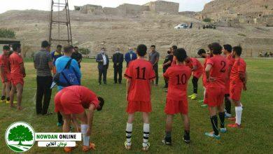 Photo of به مناسبت گرامیداشت شهید اسماعیل زارعی/ دیدار دوستانه فوتبال شهدای شهر نودان و شاهین گرگدان برگزار شد + تصاویر