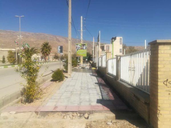 اجرای فاز دوم پروژه موزاییک فرش معابر توسط شهرداری نودان