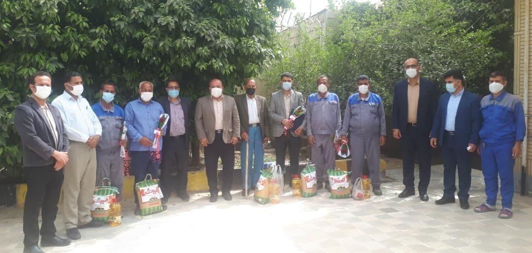تجلیل از کارگران خدماتی شهرداری نودان در پایان سال ۱۳۹۹